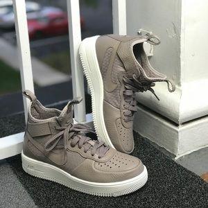 NWT Nike Air Force 1 Ultraforce Mid Sepia Stone W